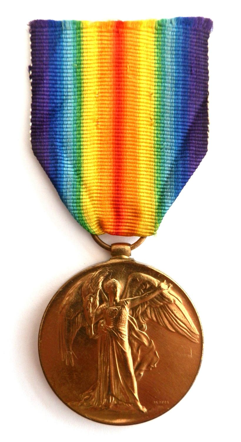 Victory Medal. Private Thomas Quinton. 164th Coy Machine Gun Corps.