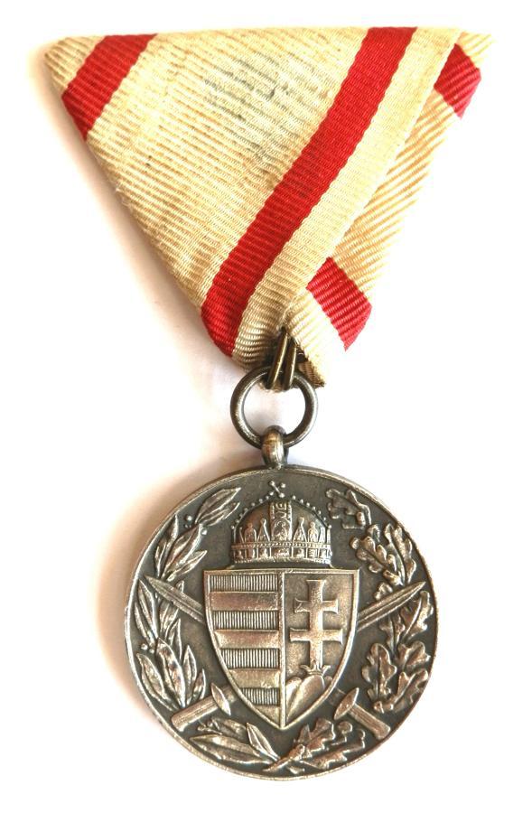 Austro - Hungarian World War I Service Medal 1914-18.
