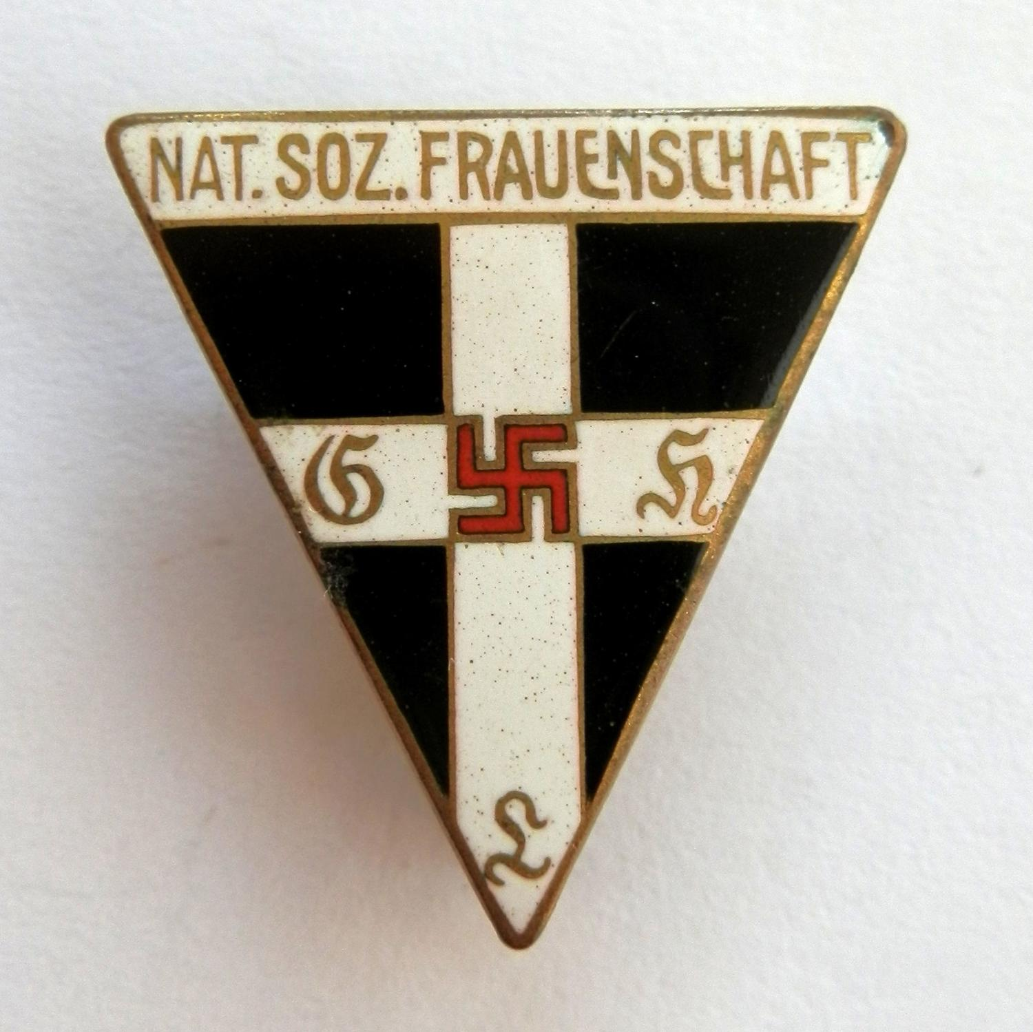 Nat. Soz. Frauenschaft Senior Women's Leaders Pin Badge.