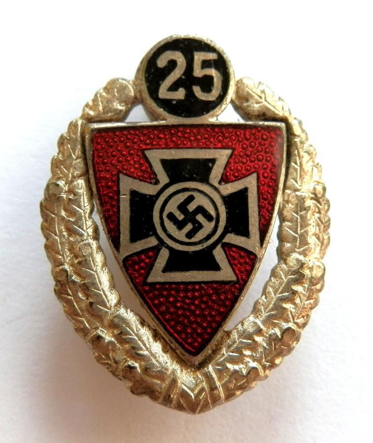 N.S.R.K.B. 25 Years Old Comrades Badge