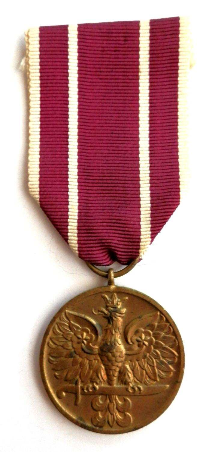 Poland War Medal. WWII issue.