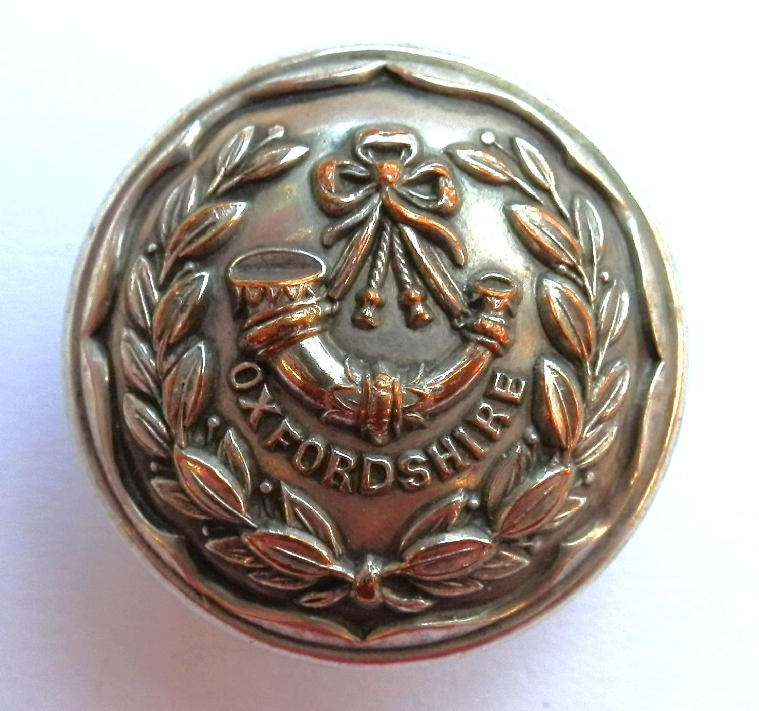 Oxfordshire Light Infantry Button