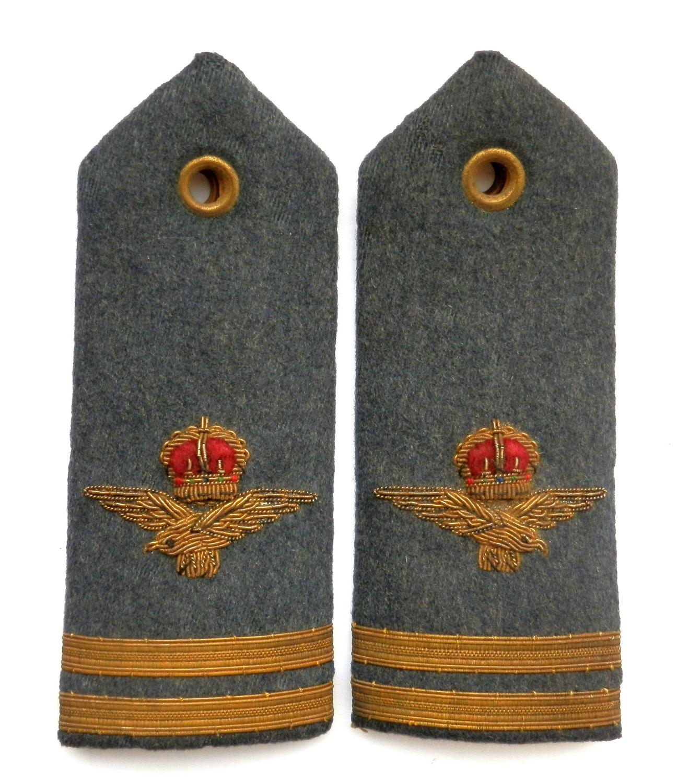 Royal Air Force Pair of Flight Lieutenants Epaulettes