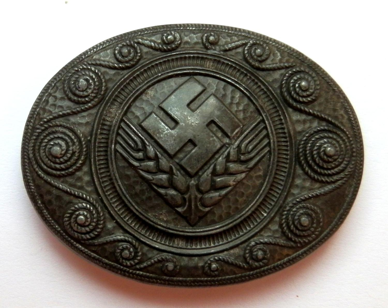 German Female RAD (Reichsarbeitsdienst) Brooch.