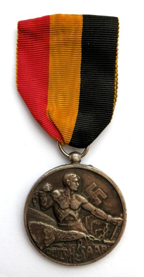 Deutsch Die Sarr, Frei Die Sarr. 13th January 1935 Medal.