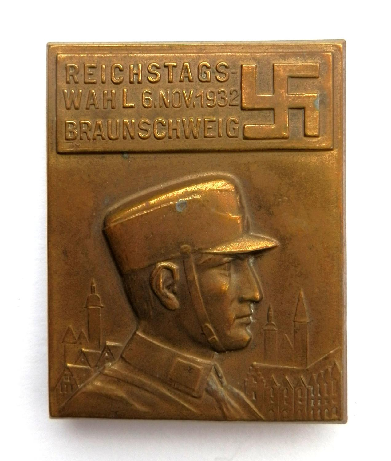 Reichstags Wahl 6 Nov. 1932 Braunshweig Badge.