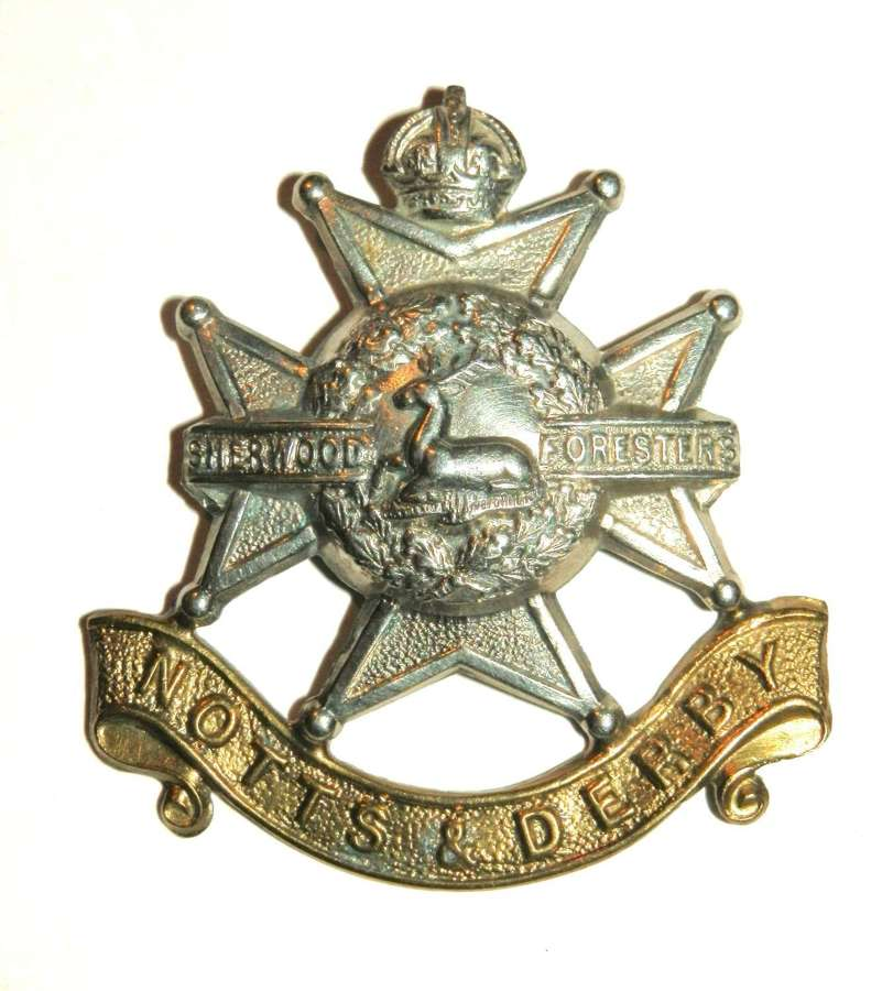 The Sherwood Foresters (Notts & Derby) Cap Badge.