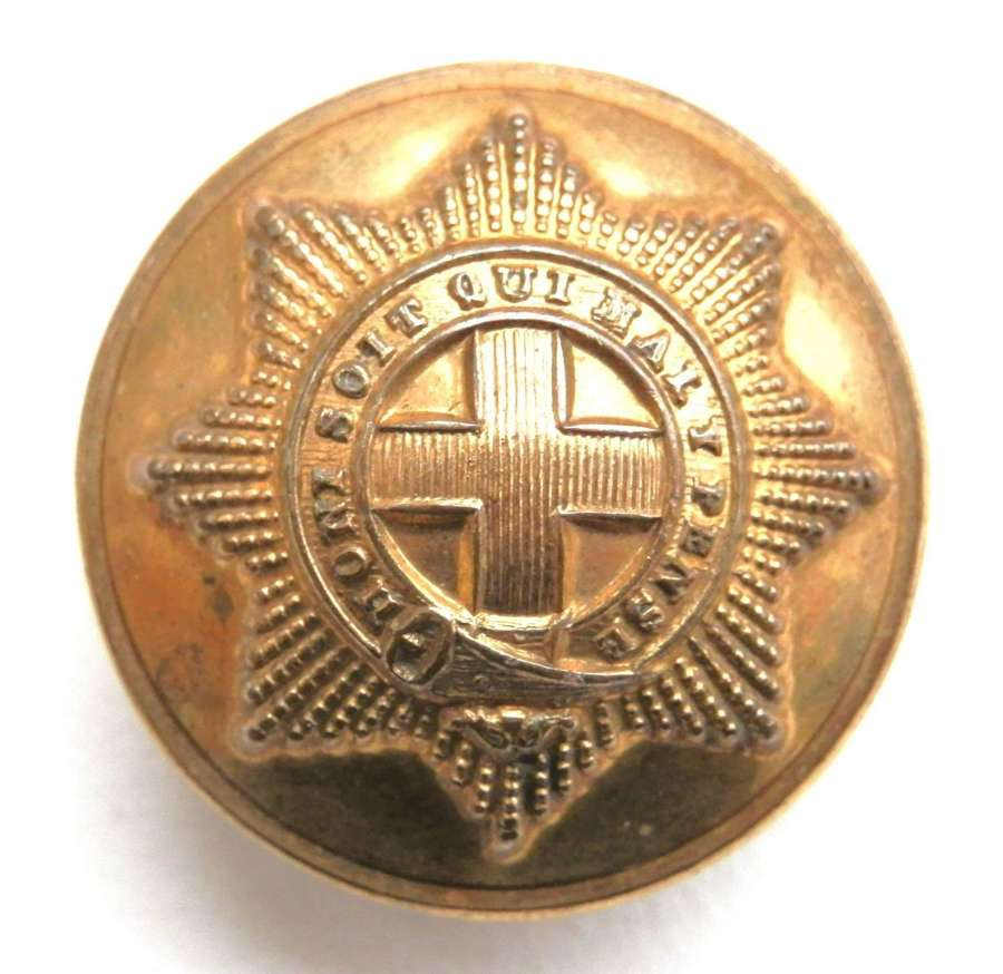 Coldstream Guards Officers Gilt Button.