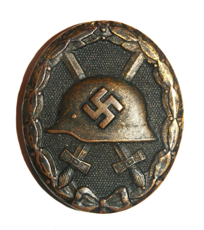 German Black Wound Badge.