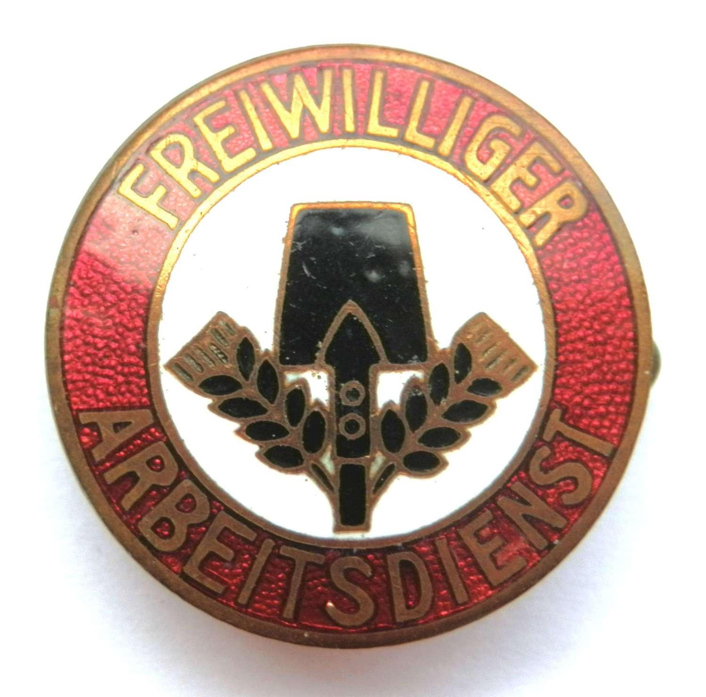 German Freiwilliger Arbeitsdienst 'Voluntary Labour Service', Badge.