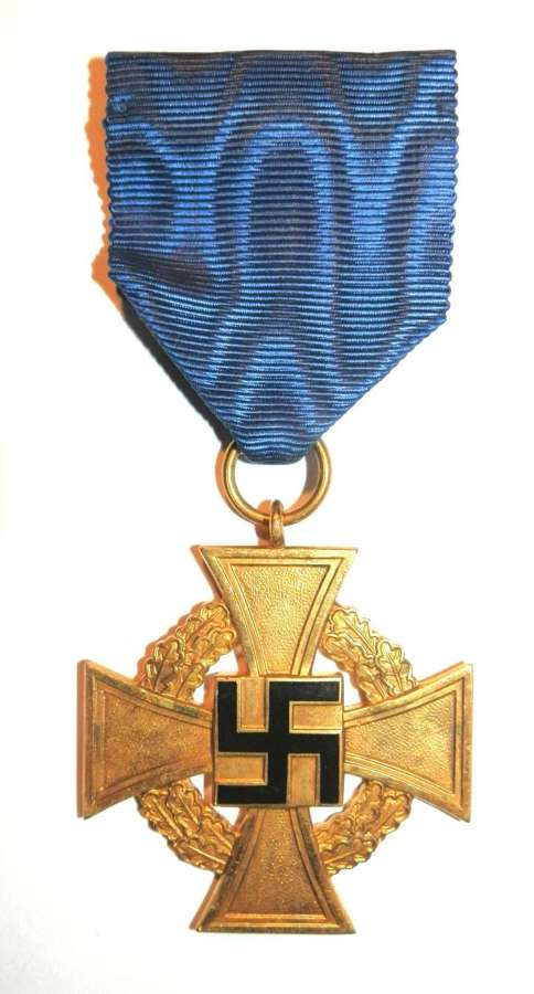Gold 40 Years Faithful Service Medal.