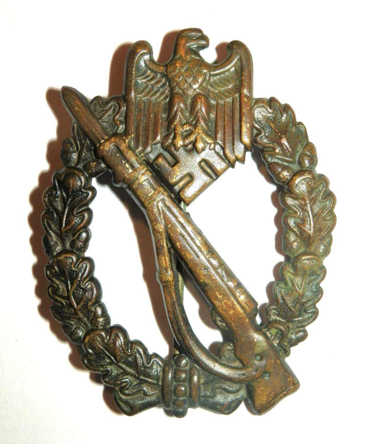 German Infantry Assault Badge. Attributed to B.H. Mayer's.