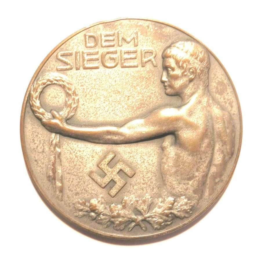Dem Sieger Reichsbahn Bezirks Turn und Sportsfest Regengsburg 1934.